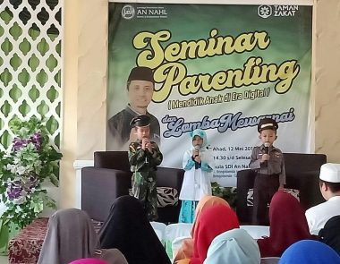 Seminar Parenting (Mendidik Anak di Era Digital)